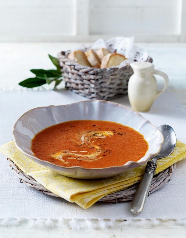 Spanische Paprika-Tomaten-Suppe Rezept