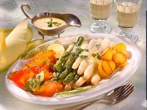 Spargel mit Sommer-Lachs und Röstkartoffeln Rezept