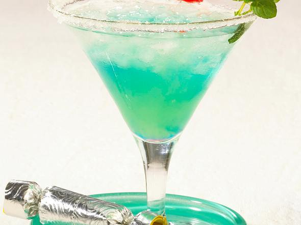 Sparkling Blue (Silvester-Cocktail) Rezept