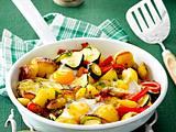 Spiegelei-Pfanne mit Bratkartoffeln, Zucchini und Paprika Rezept