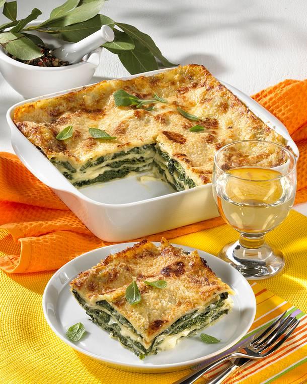 spinat lasagne rezept lecker. Black Bedroom Furniture Sets. Home Design Ideas