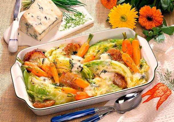 Spitzkohl - Möhren - Auflauf mit Gorgonzola Rezept
