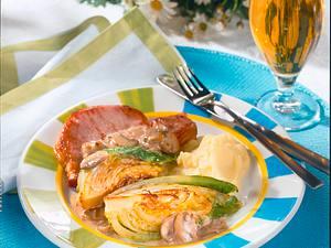 Spitzkohlspalten und Kasseler mit Pilzrahm Rezept