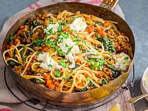 Sportlerspaghetti mit Linsengemüse und Ricotta Rezept