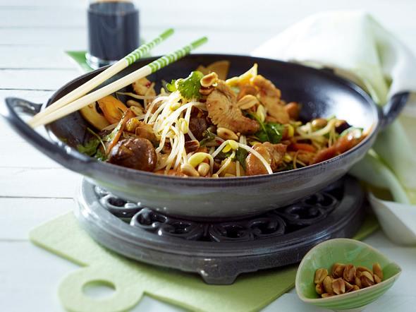 Sprossengemüse mit Pute aus dem Wok Rezept