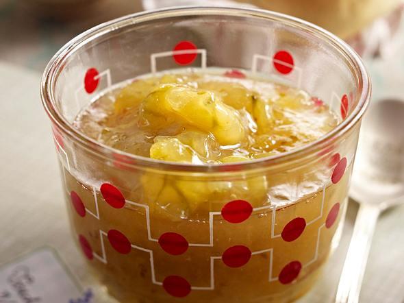 Stachelbeer-Holler-Konfitüre Rezept