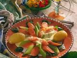 Staudensellerie-Möhren-Gemüse mit Käsesoße (für 1 Person) Rezept