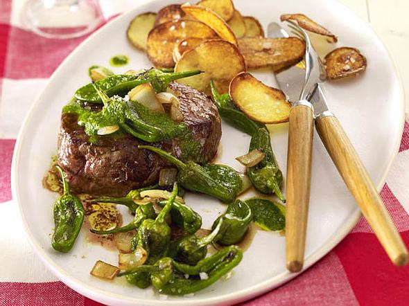 Steak mit Pimientos und Mojo verde Rezept