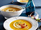 Steckrüben-Cremesuppe mit Parmaschinken-Topping Rezept