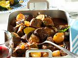 Stifado (Rindfleischtopf mit Zucchini) Rezept