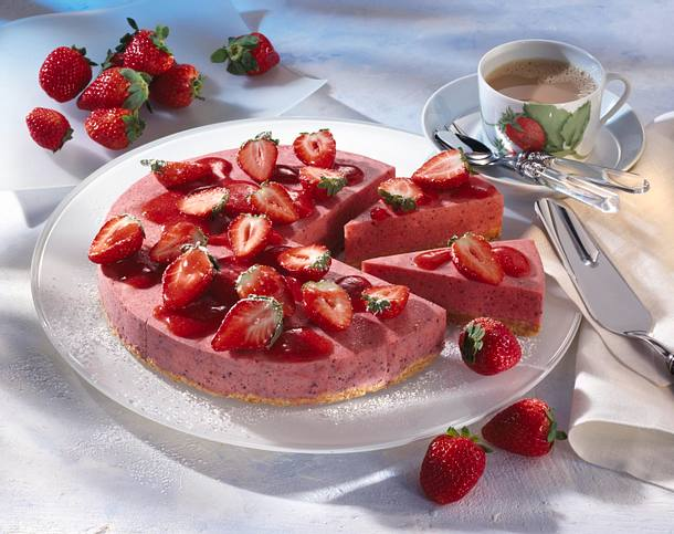 Strawberry Margaritha Torte Rezept