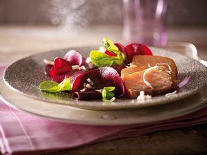 Stremellachs auf Rote-Bete-Salat Rezept