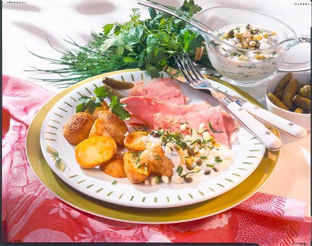 Sülze mit neuen Kartoffeln und Kräutersoße Rezept