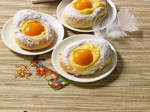 Süße Eihälften aus Quark-Ölteig Rezept