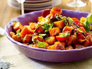 Süßkartoffel-Salat mit Chorizo und Tomaten Rezept