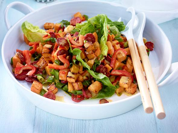 Süßkartoffelsalat mit Chorizo und Limetten-Chili-Dressing Rezept