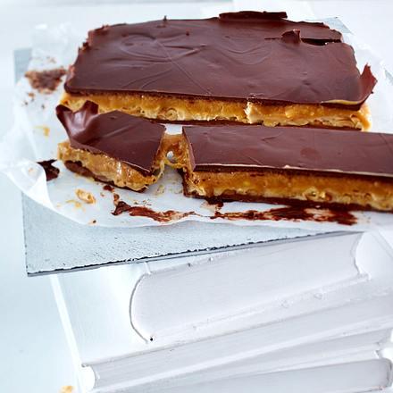 Super-Snickers-Schnitte Rezept