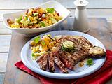 T-Bone-Steak zu Nudelsalat Rezept