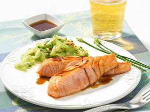 Teriyaki-Lachs mit Gurkensalat Rezept
