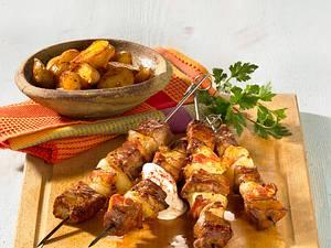 Tex-Mex Fleischspieße mit Blechkartoffeln Rezept