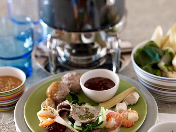 Thai-Fondue mit Fleisch und Fisch Rezept