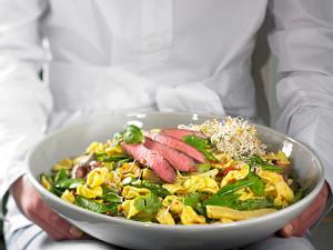 Thai-Salat mit Rinderstreifen Rezept
