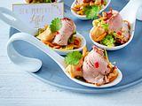 Thai-Schweinefilet auf Salatbett mit Erdnuss-Soße Rezept