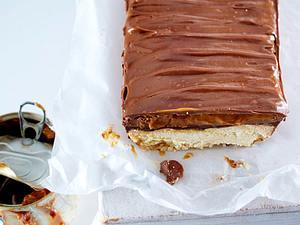 Titanen-Twix-Cake Rezept