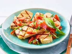 Tofu mariniert und gegrillt Rezept