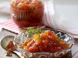 Tomaten-Chutney mit getrockneten Aprikosen Rezept