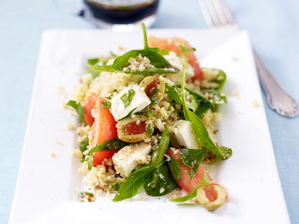 Tomaten-Couscous-Salat mit Oliven Rezept