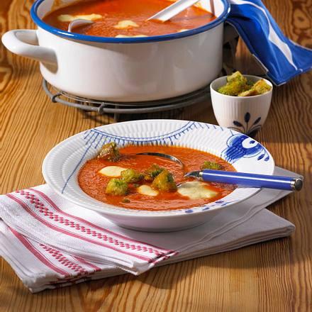 Tomaten-Mozzarella-Suppe Rezept