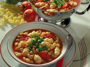 Tomaten-Nudelsuppe Rezept