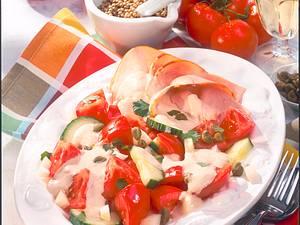 Tomaten-Salat mit Thunfischsoße Rezept
