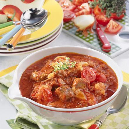 Tomaten-Zwiebel-Gulasch Rezept