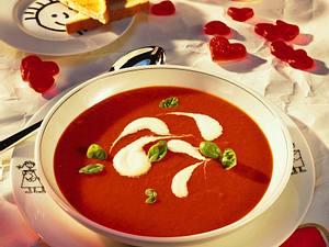 Tomatensuppe mit Sherry-Sahne Rezept