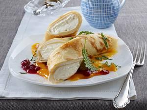 Topfen-Crêpes mit Mangopüree Rezept