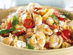 Tortellonisalat mit Ricottacreme Rezept