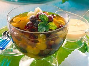 Traubengelee mit weißen und blauen Trauben Rezept