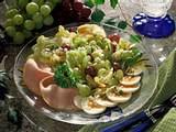 Traubensalat mit Ei und Kasseler Rezept