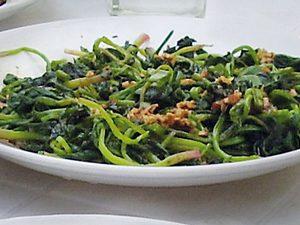 Tsoma Ngopa (Spinatgemüse) Rezept