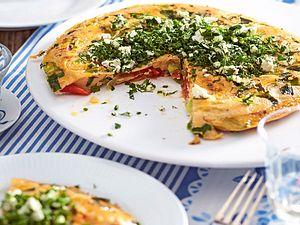Turbo-Tomaten-LauchFrittata mit Kräutertopping Rezept