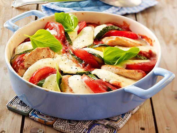 Überbackene Minutensteaks in Tomatensoße Rezept