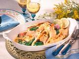 Überbackene Pfannkuchen mit Spinat-Lachs und Käses Rezept