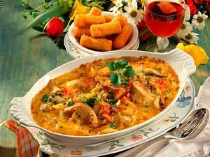 Überbackene Schweinemedaillons in Zwiebel-Curry-Sahnesoße Rezept