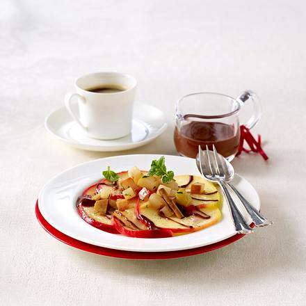 Valentinsmenü für Zwei: Vanille-Zimt-Äpfel und -Birnen mit Schokosoße Rezept