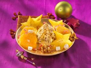 Vanilleeis mit Walnusskrokant und Orangensaft  Rezept