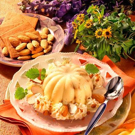 Vanillepudding mit Braunen Kuchen Rezept