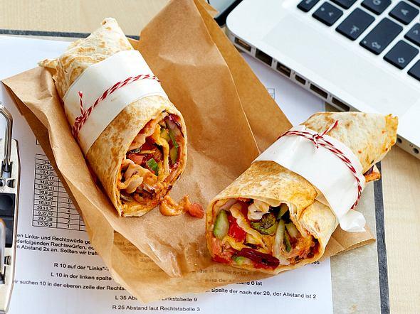 Vegetarischer Wrap mit Gemüsefüllung Rezept