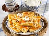 Versunkener Aprikosenkuchen mit Kartoffeln Rezept